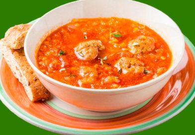 Суп с фрикадельками из чечевицы